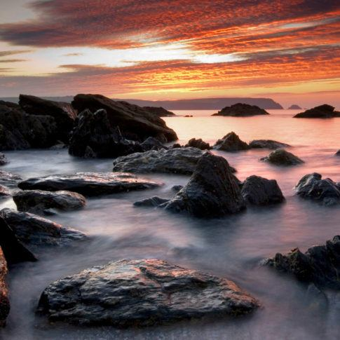 Coast, Cornwall, Red, Rocks, Rosevine, Sky, sea, sunrise, tide, wave