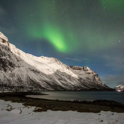 Grotfjord, snow, mountain, aurora, sea, night, stars, cloud,